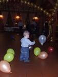 o lume minunata numai cu baloane